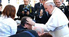 Papa Francisco: Hay que volver a descubrir qué es la dignidad humana - Aleteia