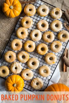 These baked pumpkin donuts with brown butter glaze and will melt in your mouth. Get the recipe for this delicious & healthy pumpkin breakfast (or dessert! Donut Recipes, Brunch Recipes, Sweet Recipes, Breakfast Recipes, Snack Recipes, Muffin Recipes, Breakfast Ideas, Delicious Recipes, Snacks