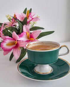 Sunday Coffee, Morning Coffee, Coffee Time, Coffee Art, Coffee Cups, Tea Cups, Good Morning Animation, Best Espresso Machine, Tea Recipes