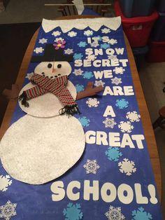 Great School Secret Door Decoration By Students For Christmas