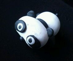 Magnets tare panda fimo Piggy Bank, Panda, Magnets, Creations, Apple, Figurine, Apple Fruit, Money Bank, Panda Bear
