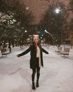 winter Looks That Can Be Worn By Anyone – Jenny Ray Winter Outfits For Teen Girls, Fall Winter Outfits, Autumn Winter Fashion, New York Winter Fashion, Snow Fashion, Outfits For The Snow, Winter Scarf Outfit, Fashion Fashion, Winter Night Outfit