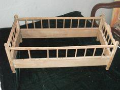 altes Puppenbett;um 1900;Bett,Puppen;51 cm;zum restaurieren