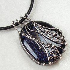 Modrý Avanturín...........Vyrobila jsem a vyrábím tento šperk pro radost svým zákaznicím i sobě :-)