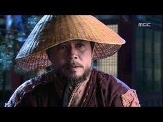 [2010년 사극 레전드] 동이 Dong Yi 몰래 불러내 사건 실마리 준 효원 믿고 정호와 의논하는 용기 - YouTube Dong Yi, Hats, Hat, Hipster Hat