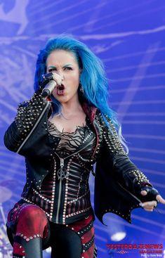Heavy Metal, The Agonist, Alissa White, Simone Simons, Symphonic Metal, Arch Enemy, Female Guitarist, Power Metal, Metal Girl
