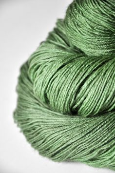 Patons Classic Wool DK Superwash Yarn | Wool, Yarns and Weights