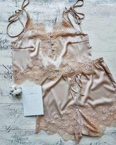 Grand panties, that involves luxury graphic designer panties, bras, underpants, loungewear and add-ons. Belle Lingerie, Lingerie Mignonne, Pretty Lingerie, Luxury Lingerie, Beautiful Lingerie, Lingerie Set, Lingerie Sleepwear, Nightwear, Cute Underwear