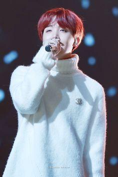 *✲゚*♡J H O P E♡*✲゚* •171229₊ at Gayo Daechukjae 2017 #JHOPE #HOSEOK #BTS