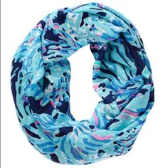 d2d8e222c02b15 Lilly Pulitzer Riley Infinity Scarf Shrimply Chic Lilly Pulitzer Riley Loop  Infinity Scarf in Shrimply Chic.