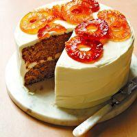 Hummingbird Cake by Editors of Martha Stewart Living