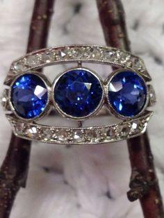 Antique Sapphire Diamond Platinum Ring