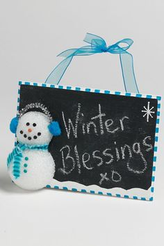 Have you been wanting to tell the world just how much you love winter? Get the message across with this Tiny Snowman Homemade Writing Slate. Christmas Crafts For Gifts, Christmas Decorations To Make, All Things Christmas, Craft Gifts, Diy Gifts, Christmas Holidays, Christmas Ideas, Holiday Ideas, Snowman Decorations