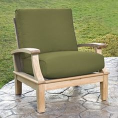 Color co ordination sunbrella fabric upholstery with Tommy Bahama sofa