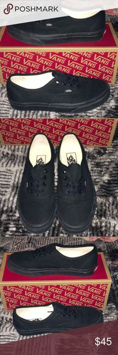 dde1d632131ddc Vans Authentic Mono Black size 7 Vans Authentic Mono Black Worn twice  Women s size 7 Men s