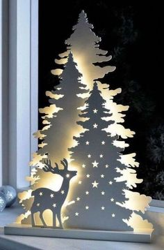 33 Wonderful Christmas Lights Apartment Decorating Ideas And Makeover. If you are looking for Christmas Lights Apartment Decorating Ideas And Makeover, You come to the right place. Best Christmas Lights, Unique Christmas Cards, Wooden Christmas Trees, Magical Christmas, Outdoor Christmas, Christmas Wreaths, Christmas Crafts, Christmas Ornaments, Christmas Christmas