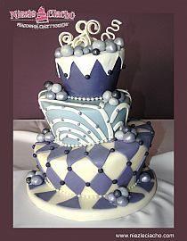 Niebieski tort weselny, piętrowy tort weselny, tort asymetryczny, tort na wesele, wesele