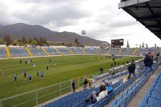 @Catolica El Estadio San Carlos de Apoquindo es un estadio de fútbol ubicado en el sector de San Carlos de Apoquindo de la comuna de Las Condes, en la ciudad de Santiago en Chile. Su propietario es el Club Deportivo Universidad Católica, y se ubica dentro del Complejo Deportivo Raimundo Tupper Lyon. #9ine
