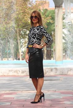 Printed top and plain midi skirt