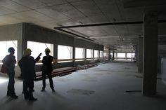 Op 23 april 2014 werd het hoogste punt van de nieuwbouw bereikt. Ook de binnenkant van de nieuwbouw krijgt steeds meer vorm. http://www.atriummc.nl/home/over-atrium-mc/bouw/fotos/
