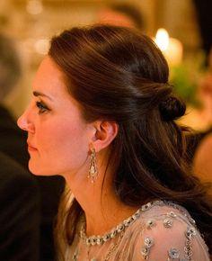 Kate Middleton Family, Kate Middleton Outfits, Duchess Kate, Duchess Of Cambridge, Half Up Half Down Hair, Royal Weddings, People Magazine, Princess Kate, Hair Looks
