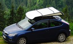 Designer Sebastian Maluska has created a simple rooftop tent for dynamic nomadic people that can be fitted to the roof of any car. The lightweight pop-up tent is inspired by sailing materials, and unlike other car tents that are heavy, very expensive Car Top Tent, Roof Top Tent, Tent Campers, Car Camper, Best Tents For Camping, Camping Hacks, Camping Essentials, Camping Ideas, Outdoor Camping
