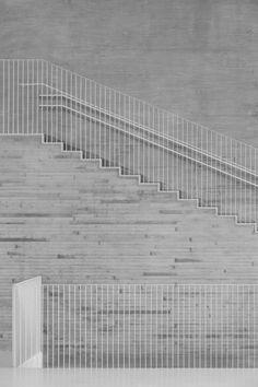 The most beautiful balustrade.  saunalahti school // verstas architects