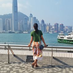 Every time I come back to Hong Kong I love seeing just how big Hong Kong island is from the mainland. The skyline definitely gives Manhattan a run for its money. #hongkong #sassybellatravels #instatravel #travel #ootdshare #ootd #lotd #lookoftheday