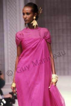 Iman_Christian_Dior_cs_1989_Photo Guy Marineau_005