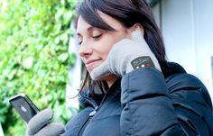 Nie wieder kalte Finger beim Telefonieren, einfach in den Handschuh sprechen! ;-)