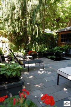 Design*Sponge - Amazing DIY Garden: Wow, I love those slate tiles.