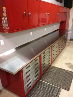 A repurposed toolbox~ Sink made from a rolling toolbox ...