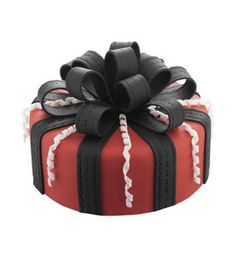 Bow beauty #party #cake! #fondant