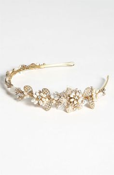 """vintage"" headband, would be so pretty for the rehearsal dinner or reception."