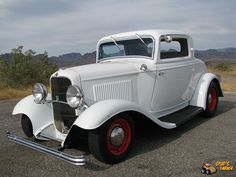 1932 Ford Coupe...my dream car...id alter it a bit....like the one in American graffiti