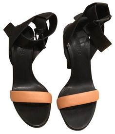 c19e9189ae51 Vince Black with Nude Strap Alexa Sandals Size US 6 Regular (M