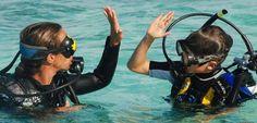 Familienurlaub unter Wasser: Wie Kinder ohne Risiko tauchen lernen - SPIEGEL ONLINE - Nachrichten - Reise