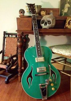 """2012 Blue Belly 16"""" Non Cutaway Two Tone Green 