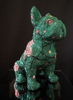 French Bruno - Kunst - Art - Ausstellung - Exhibitions - Skulpture - Glitter - J. Leitner - Kristall - Edelweiss - Bulldogge - Crystal Edelweiss, Dinosaur Stuffed Animal, French, Animals, Pink, Bulldog Breeds, Crystals, Handmade, Kunst