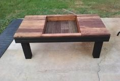 Pallet Coffee Table With Planter Box Inlay