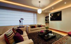 éclairage LED indirect en rubans lumieux dans le faux plafond du salon
