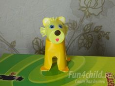 Детская поделка «Лев» из пластиковых стаканчиков Оригинал : http://www.fun4child.ru/9674-detskaya-podelka-lev-iz-plastikovyh-stakanchikov.html