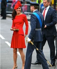 Kate Middleton Red Hot In Alexander McQueen As She Recycles Canada Hat For Queen's Jubilee - Celebrity Gossip, News & Photos, Movie Reviews, Competitions - Entertainmentwise