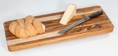 The thick and durable end grain construction is gentle on knife blades, while giving the board itself a self-healing pro