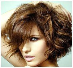 Short Bob Hairstyles Wavy Hair Short Bob Hairstyles For Women 2013 Short Curly Hairstyles For Women, Messy Bob Hairstyles, Curly Haircuts, Modern Haircuts, Hairstyles Haircuts, Female Hairstyles, Hairstyle Short, Style Hairstyle, Textured Hairstyles