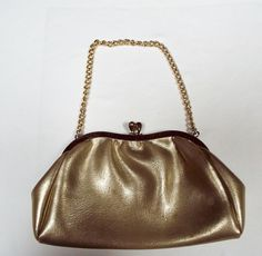 Small-Gold-Bag - Vintage Finds You Vintage Handbags, Rebecca Minkoff, Finding Yourself, Gold, Gifts, Accessories, Presents, Classic Handbags, Soul Searching