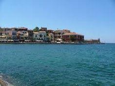 een stad op Kreta aan het water