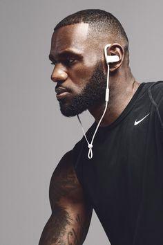 shoots LeBron James for Beats by Dre. Lebron James Lakers, Nike Lebron, College Basketball, Lebron James Wallpapers, Desean Jackson, Karl Anthony Towns, Gorgeous Black Men, Antoine Griezmann, Beats By Dre