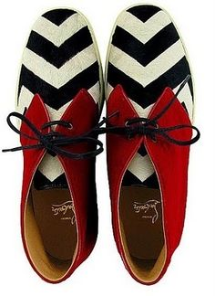 Could kill for that! Louboutin twin peaks derby.