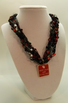 Wisconsin Badgers Crochet Ladder Yarn necklace with pendant. $12.00, via Etsy.